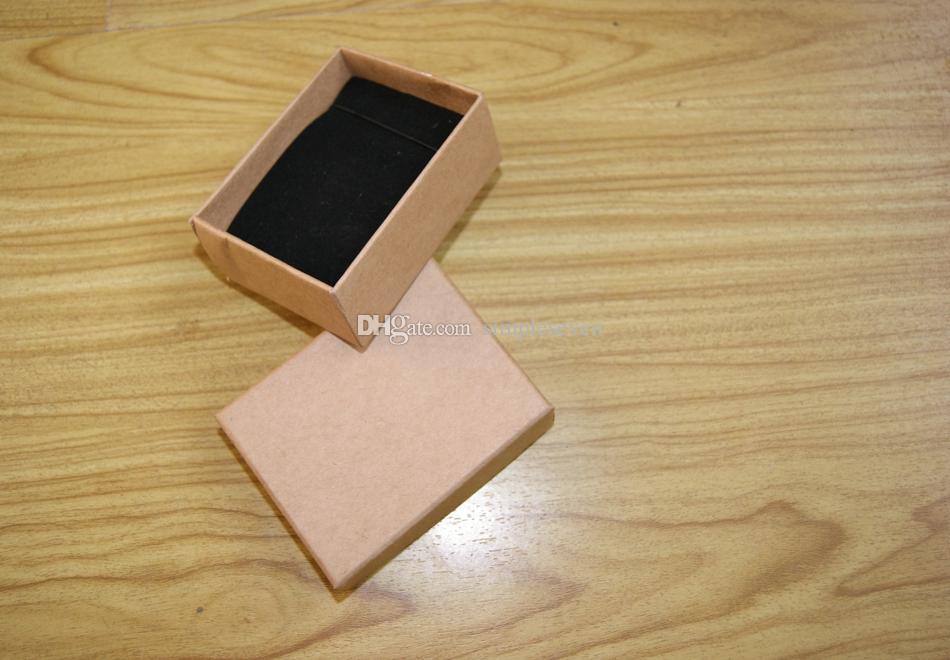 [بسيط سبعة] الشحن مجانا جودة عالية موجي قلادة المجوهرات مربع / حالة عشاق الدائري / هدية حزمة / كرافت ورقة مربع الأوسط