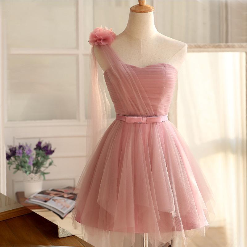 One Shoulder Blush Pink Cheap Bridesmaid Dresses Short Flowers on Shoulder Pleats A-Line Wedding Party Dresses robe de mariee courte
