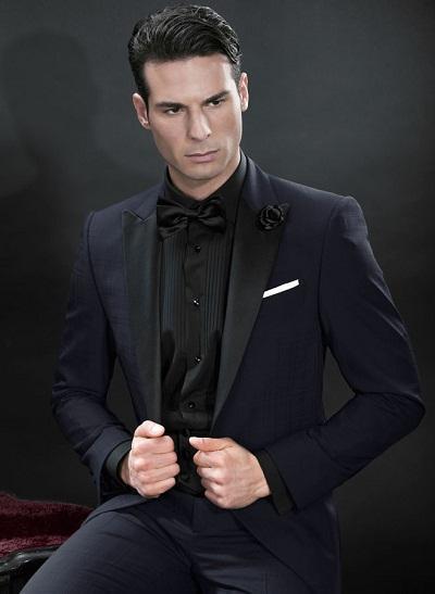 Nuevo diseño azul Trajes de boda para hombre Picos negros de solapa de esmoquin Trajes de dos piezas para hombre trajes de un botón de padrino de boda