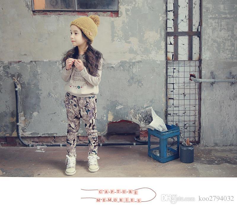 Abbigliamento ragazze adolescenti al dettaglio Set Autunno Nuovo 2016 Abbigliamento bambini ragazza Tuta sportiva Pantaloni lunghi a maniche lunghe 2 pezzi Bianco Nero