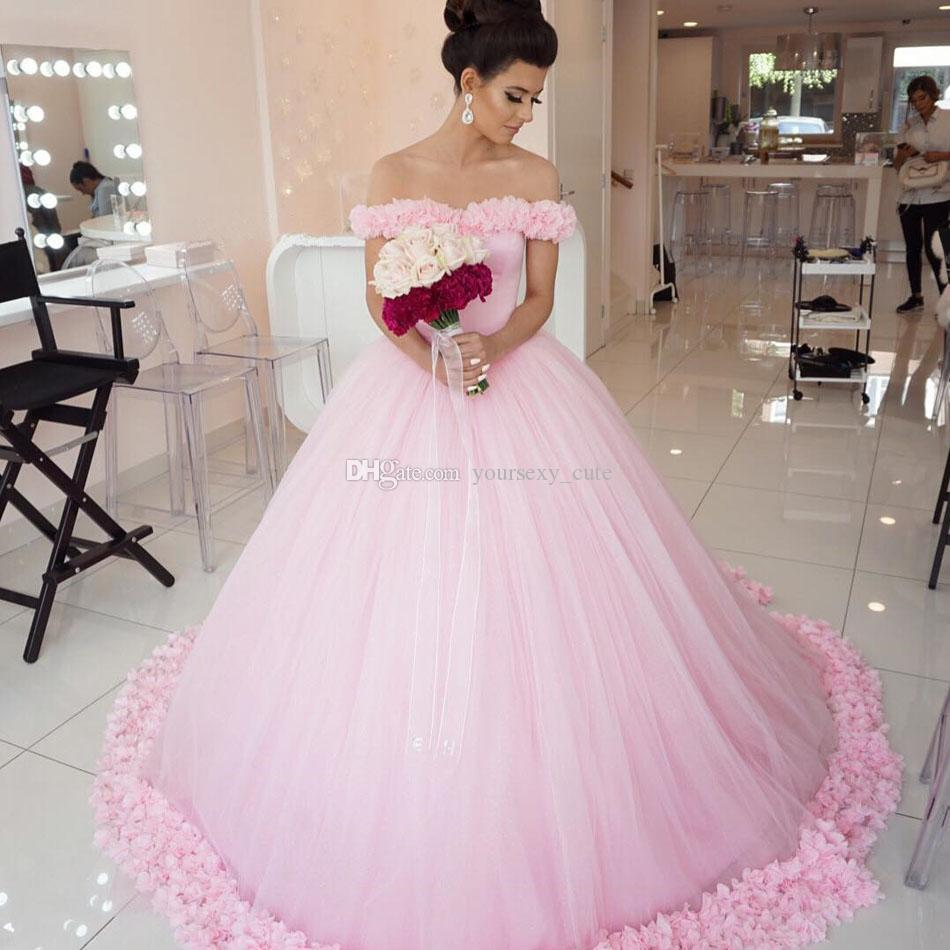 Großhandel Märchenhafte Rosa Ballkleid Brautkleider Beateau Neck Off  Schulter Blumen Tüll Prinzessin Braut Brautkleider Kapelle Zug Von  Yoursexy_cute,
