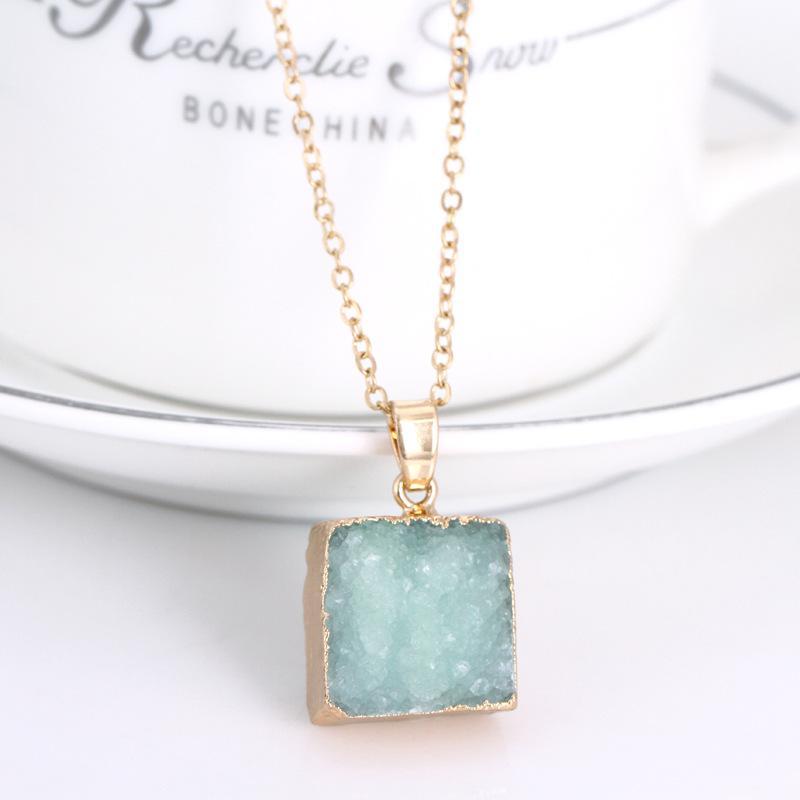 Collane con ciondolo druzy in cristallo naturale con pietre preziose Collana con pietre preziose con punto di guarigione originale in pietra naturale