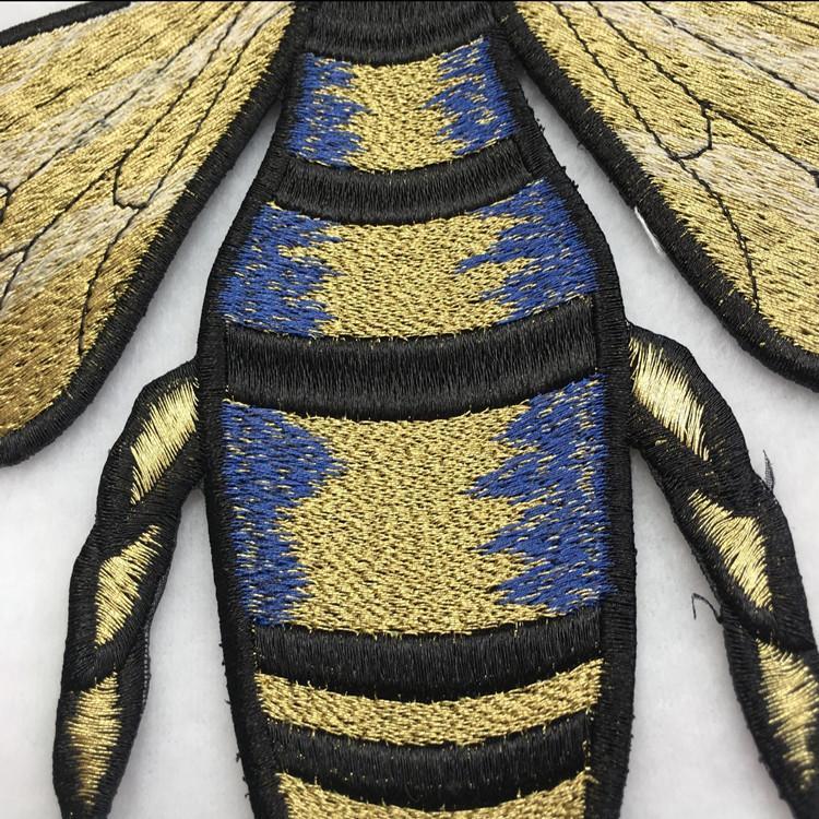 Metalik işlemeli yamalar dikmek-of 1 takım arı desen DIY el yapımı yama için aplike DIY zakka aksesuarları patchwork dikiş