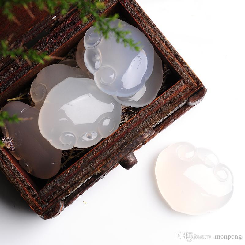 Ice water embellish chalcedony ruyi pendant