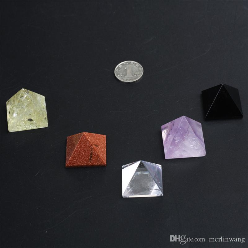 LIVRAISON GRATUITE Vente en gros Naturel mixte cristal pyramide quartz Reiki guérison pierre mélangée cristal quartz pyramide décoration de la maison