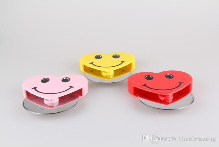 Liebes-Lächeln-Pizza-Schneider-Edelstahl-Pizza-Messer-runder Kochplatten-Nonstick-Messer für Pizza-Backen-Werkzeuge