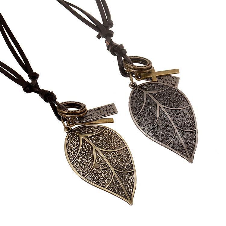 Wholesale Fashion Jewelry Spoon Alloy Necklace Men's Personality Leather Rope Clavicle Necklace Casual Vintage Punk Necklace N0052