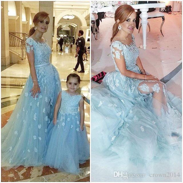 Light Blue Two Evening Dresses 2019 Short Sleeve Appliques Lace Beaded Mother and Daughter A-line Formal Gown for Prom Party Dress