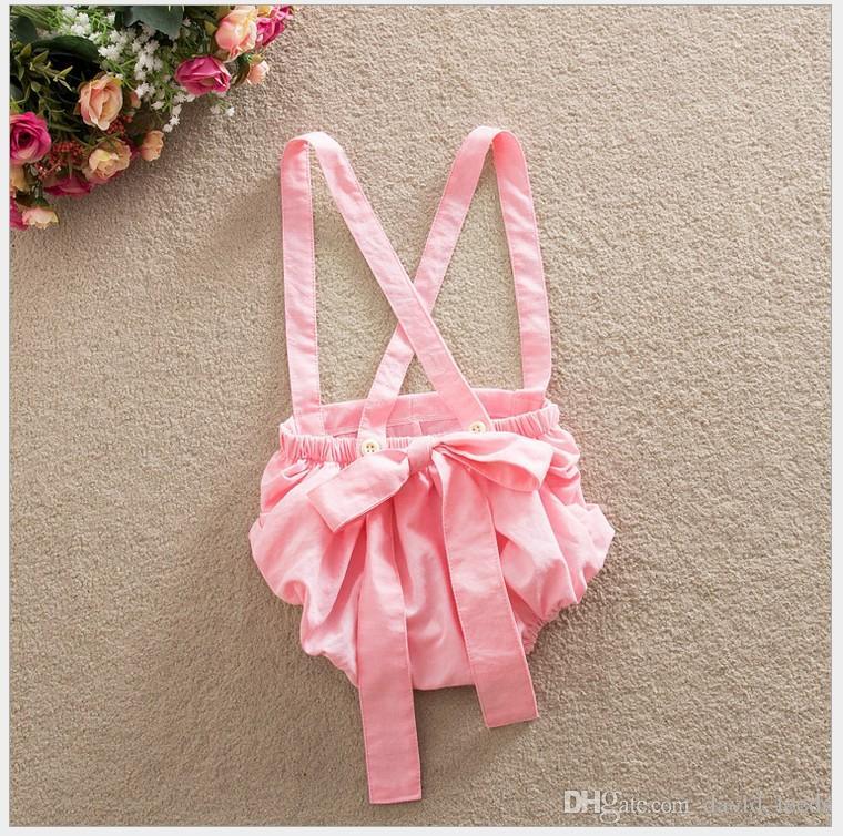 Estilo coreano Conjuntos de ropa de verano para bebés lindos 2016 Camiseta de encaje para niña pequeña Tops + Pantalones cortos de tirantes Pantalones PP 2 piezas Conjunto Trajes para niños Trajes de niñas