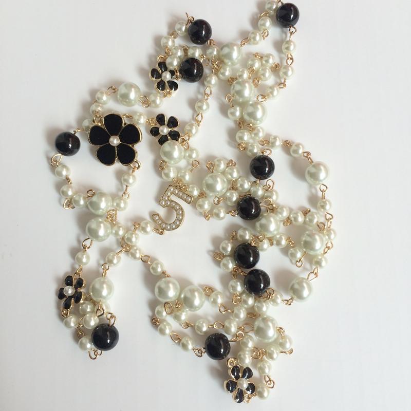 Lange Simulierte Perlen Perlen Halsketten Für Frauen No.5 Doppelschicht collane lunghe donna camelia maxi halskette Partei Halskette