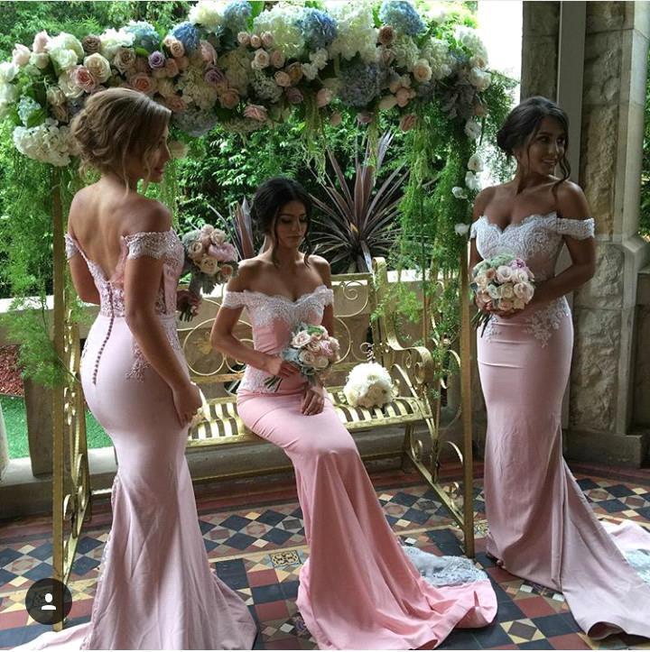 Lange zeemeermin bruidsmeisjekleding van de schouder met kant-appliques vlek rok bedekte knopen formele bruidsmeisje van eerjurken Custom BO9266