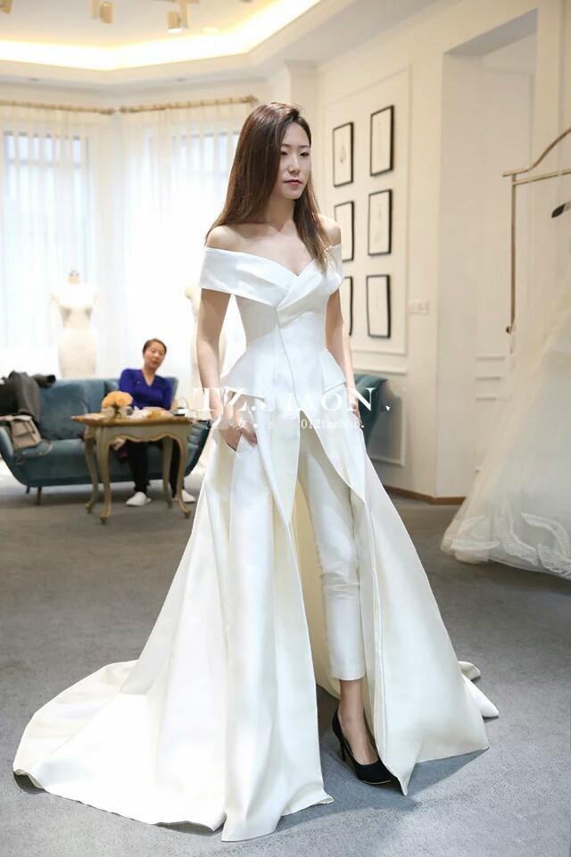 Kadınlar Tulum ile Uzun Tren Beyaz Abiye Kapalı Omuz Sweep Tren Şık Hüsniye Moda Parti Zuhair Murad Elbise vestidos Festa