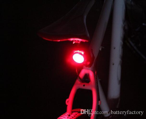 Cykling Cykel MTB Bike USB Uppladdningsbar 160LM 3LED Head Front Bakre baklucka Ljuslampa 2 Färger 2016 Ny Arriva HJ-030