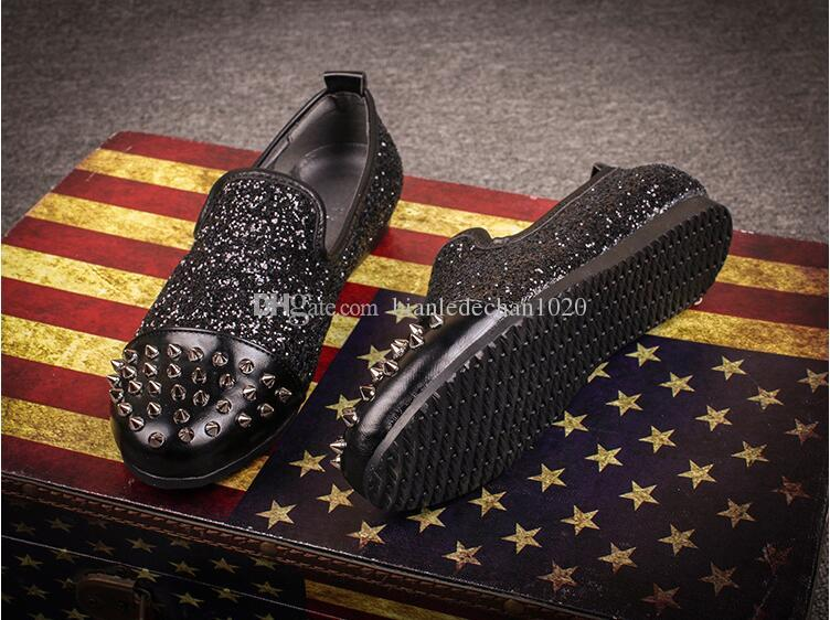 New Designer Spikes Flat Silver Low Heels Silver Rivets Fashion Mens Gentlemen LoafersWedding Shoes Men Slip On Oxford Flat Shoes