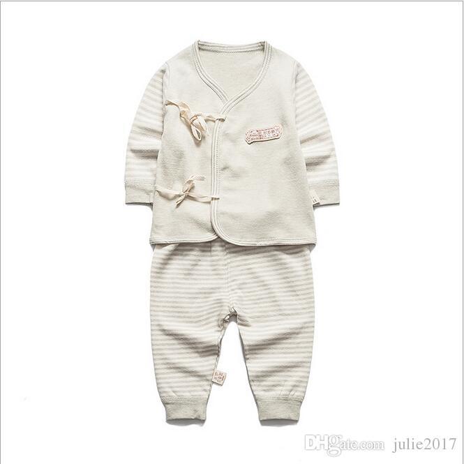 2017 Newborn Baby 0-3M Boy Girl warm Clothes set Natural Soft Cotton shoulder buttons Autumn Underwear baby set