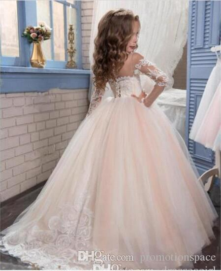 Vintage 2017 Lace Long Sleeves Flower Girls Dresses for Weddings Lovely Pageant Gowns for Teens Kids Evening Prom Birthday Wear