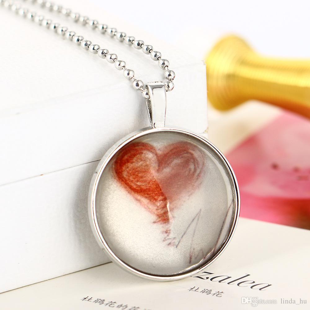 Le nouveau pendentif lumineux de coeur battant le coeur électrocardiogramme long de 60cm long de collier en forme de coeur en forme de diamant Glow