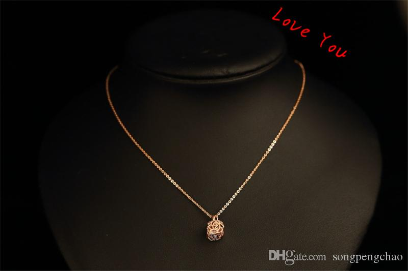 Notre creux Rose avec Zircon Collier Vintage Pendentif plaqué or rose Collier chaîne de bijoux Choker femmes Coatume