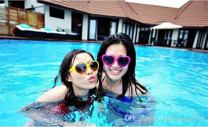 Heart glasses cheap sunglasses heart-shaped sunglasses influx of people love retro oversized mirror Hot style women D653