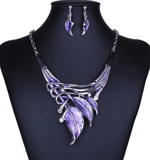 Elegant Womens Necklaces Earrings Set Enamel Leaves Chokers Necklaces Party Statement Necklaces Earrings Party Gifts