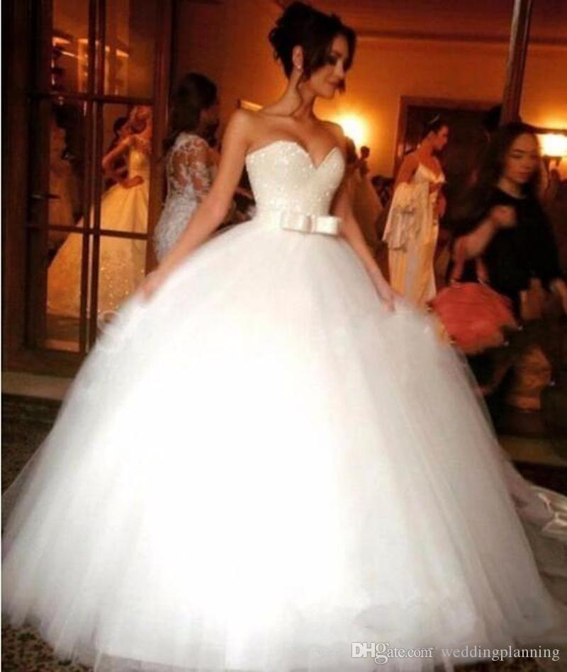 Shiny Beads Crystals Wedding Dresses Ball Gowns 2017 Big Belt Bow Sweetheart Puffy Bridal Dress Vestidos Custom Made Bridal Party Gown Cheap