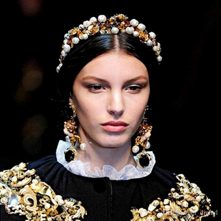 Luxe Baroque Rétro Couronne Plein Strass Perle À La Main Bandes De Cheveux Cristal Velours Large Bandeau De Mariage De Cheveux Bijoux Femmes Cadeaux