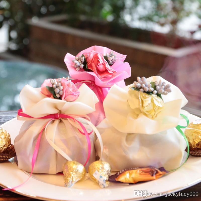 Mariages Centres De Mariage Faveurs Boite De Bonbons Elegant Bouquet Artificiel Cadeaux De Mariage Sacs Pour Decoration De Table 8 Couleurs Livraison