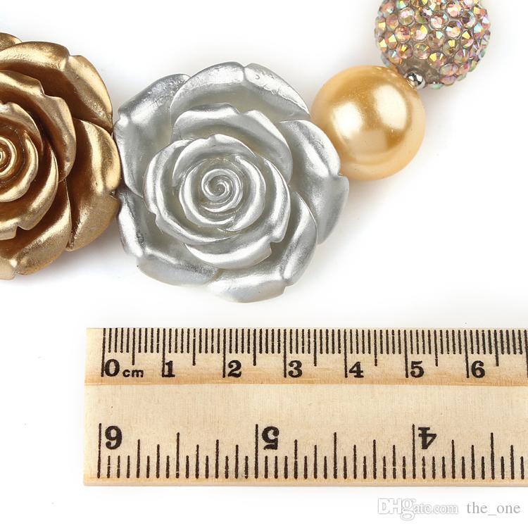 PrettyBaby Altın Gümüş Boncuklu Tıknaz Sakız Kolye Bilezik 3 Büyük Gül Çiçek Kız Kolye Seti Yürüyor bebek Parti Giyinmek