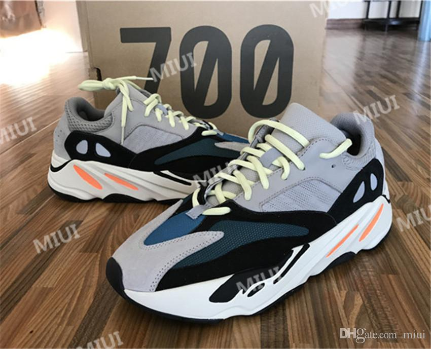 Discount Kanye West Boost Retro Wave Runner 700 Grey Causal Shoes Boost Mens Women Solid Grey Chalk White Core Black Sneakers Size US5-12
