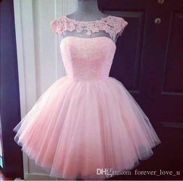 Pas cher de haute qualité Blush rose court robes de bal Une ligne Illusion Bateau Encolure Cap manches Mini Party Robes Vêtements de cérémonie