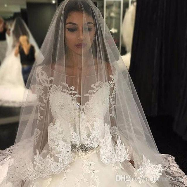 2018 Amazing Wedding Dresses Sparkly Crystal Beaded Lace