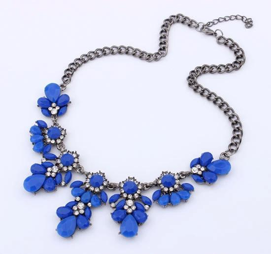 New Boho Hot Sale Vintage Flower Crystal Bubble Collar Choker Bib Statement Women Necklace Jewelry Collier Bijoux