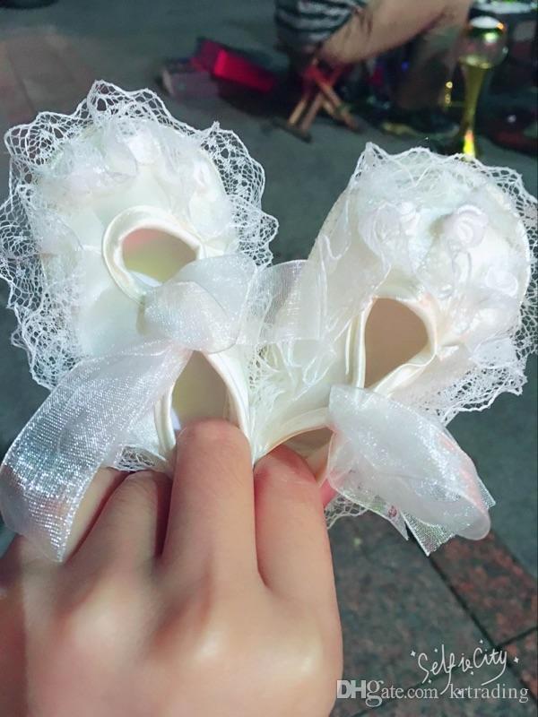 Bebek Kız Dantel Prenses Prewalkers 0-1 T için Dantel-up çiçek ayakkabı Bebek parti festivalleri için sevimli çiçek dantel ayakkabı kostüm