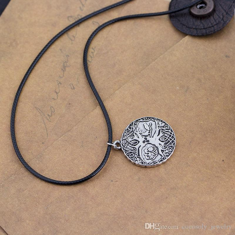 Wholesale-Norse Vikings Knot Amulet Pendant Necklace Soldiers Raven Tree of Life PENDANT Necklace Nordic Talisman