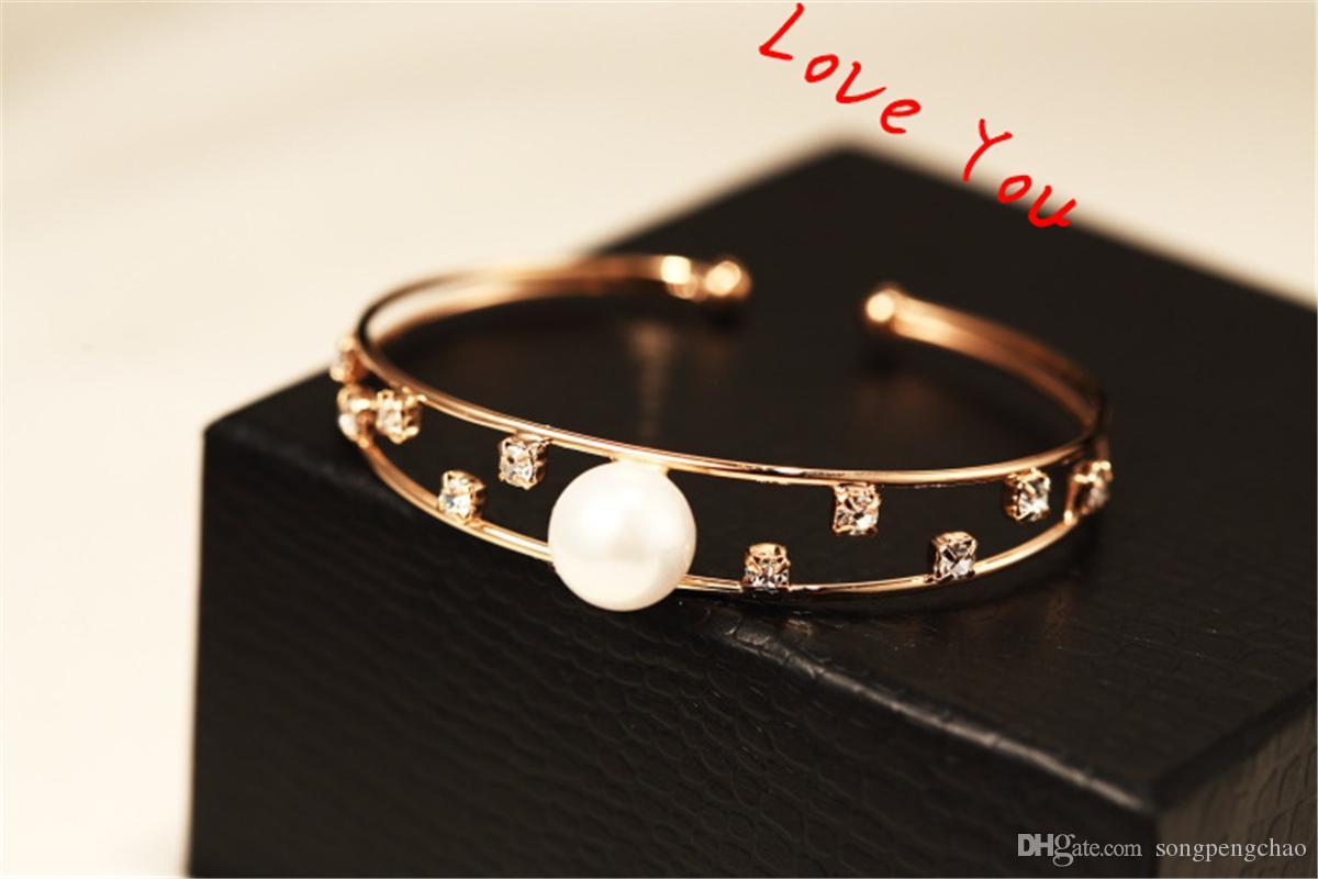 Zirkon Perle aushöhlen Chunky Armband-Armbänder Partei-Kostüm-Schmucksachen 18K Gold überzogene geöffnete Armbänder Frauen Accessoires