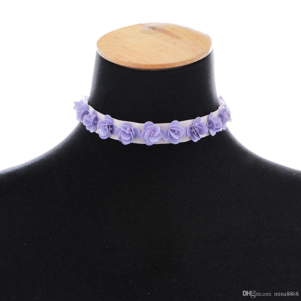 Collana viola del choker del fiore di nuova progettazione delle signore con la collana del collare di fascino del fiore della camelia il commercio all'ingrosso dei monili delle donne