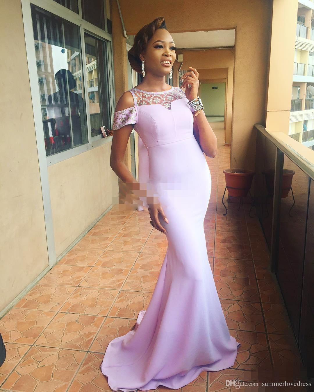 2017 Nova Elegante Africano Pescoço Sereia De Cetim Longo Da Dama De Honra Vestidos de Pedras Frisado Até O Chão Festa Vestidos de Baile de Formatura