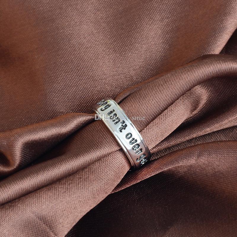 Anneau de mode estampé à la main estampillé à la main, lettre