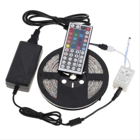 Tiras À Prova D 'Água IP65 5 M 300 Leds SMD 5050 RGB Luzes Led Tiras 60 leds M + controle Remoto + 12 V 5A fonte de alimentação Com UE / EUA / AU / UK Plug