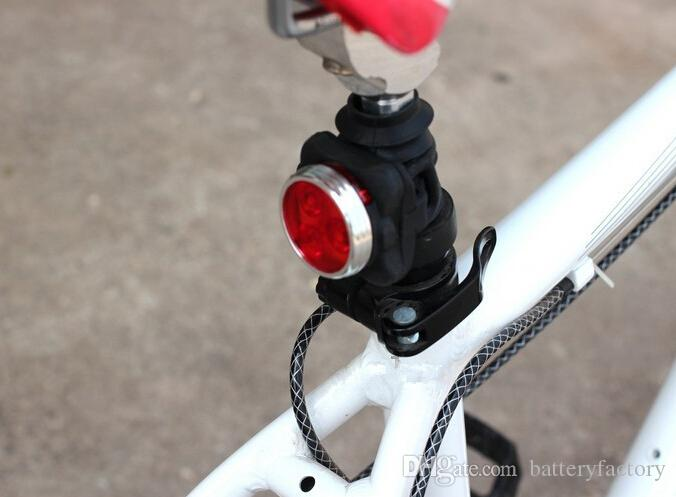 Radfahren Fahrrad MTB Fahrrad USB Wiederaufladbare 160LM 3LED Kopf Vorne Hinten Schwanz Clip Licht Lampe 2 Farben 2016 Neue Arriva HJ-030