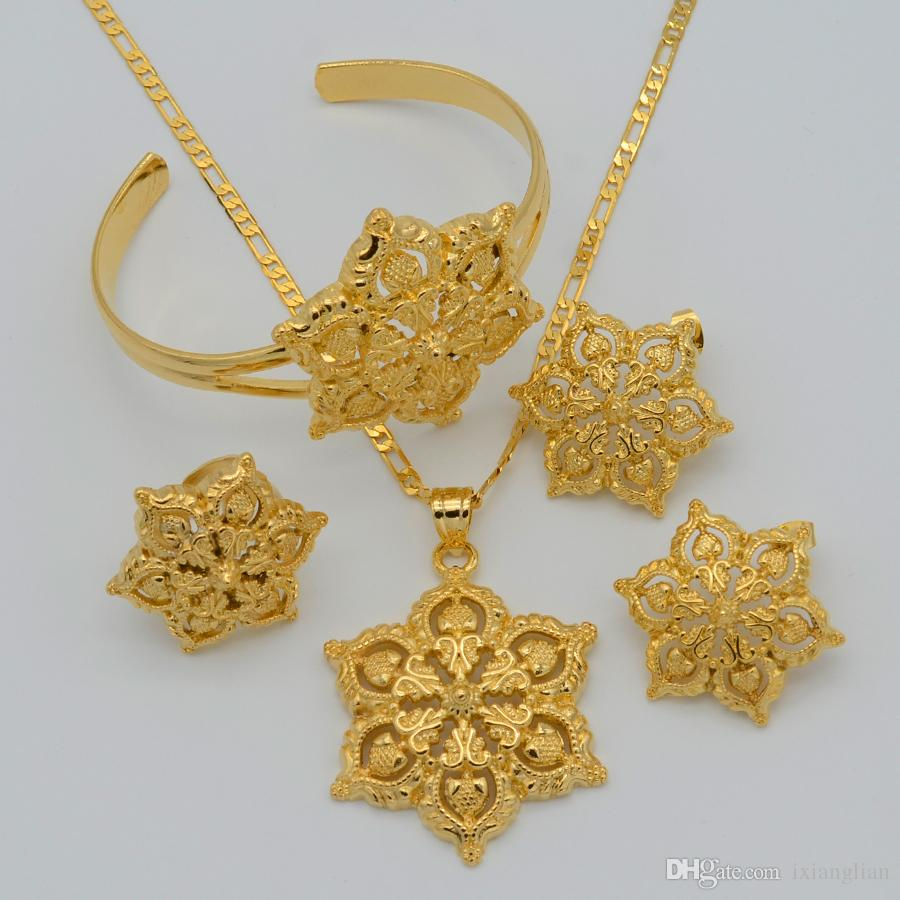 Gold flowers set jewelry women 22k gold plated pendant necklace gold flowers set jewelry women 22k gold plated pendant necklaceearringsringbangle africanarabianethiopian jewellry flower african wedding set african mozeypictures