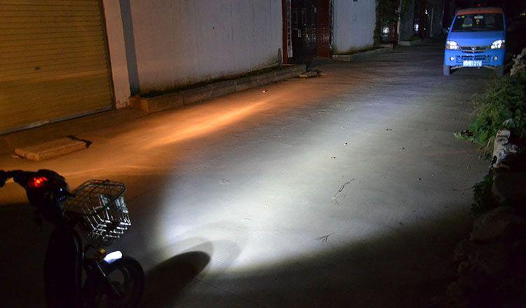 4 LED 12W autocycle autobike Evidenziatore Motor Bike Bike Spot Light Nebbia Driving Lamp Faro K1385