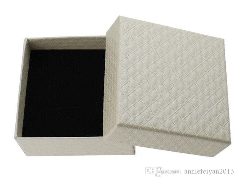Boyutu 7.3 * 7.3 * 3.5 cm Takı / Kuyumcu Kolye Küpe Yüzük Setleri Setleri Hediyeler Ambalaj Paket Ambalaj Ekran Ilmek ile Gösteren Kutu Kutu
