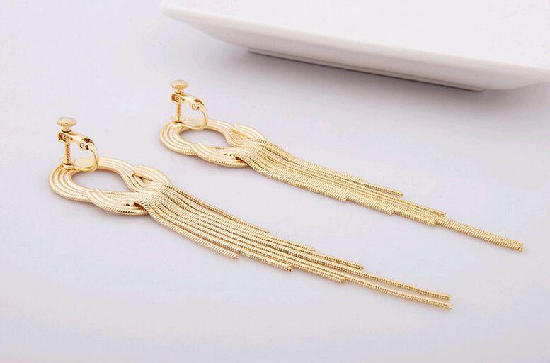 Clip de oreja Pendientes de franja Chaqueta Exagerada Estilo estrella Capas largas de la borla Cadena de serpiente Fiesta nupcial coreana Fiesta de noche Pendientes de puño de oreja