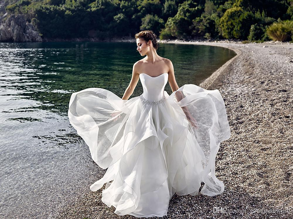 2017 puffy princess beach wedding dresses tulle tiers wedding gowns with crystals waist sweetheart backless summer bridal gowns