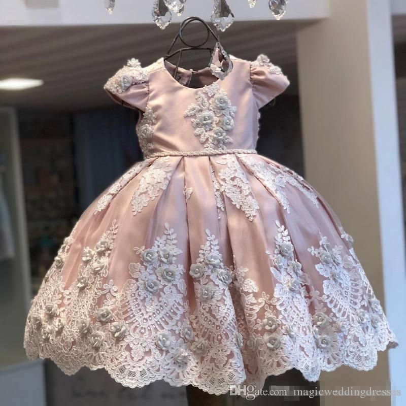5e581746e01 Lovely Lace Ball Gown Flower Girl Dresses For Weddings Little Girls Pageant  Dress 3D Appliques Floor Length Satin Beaded Communion Gowns Western Flower  Girl ...