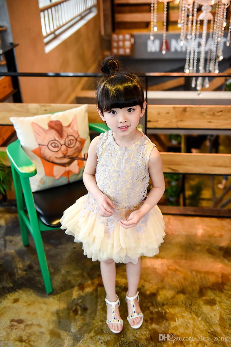 Robe élégante fille Bébés filles 2016 été mode en dentelle perlée Gaze manches Robes de soirée Tutu dentelle fleur princesse robes