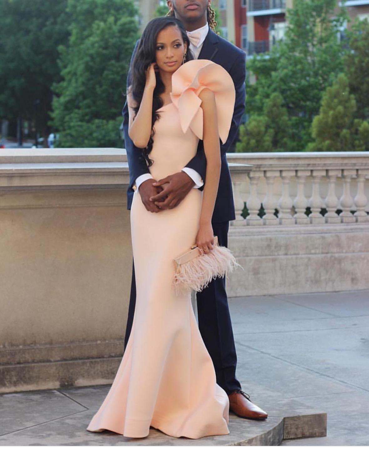 Rosa en axel sjöjungfrun kvällsklänningar 2016 special ärmlös mantel satin prom klänningar formella party klänningar examen klänningar