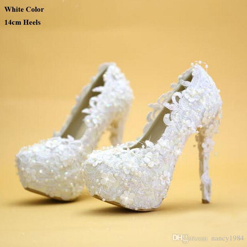 Sapatos de casamento Branco Rendas Elegantes Sapatos de Vestido de Noiva Sapatos de Salto Fino Da Plataforma Da Dama de Honra 2019 Novo Designer de Mulheres Bombas Do Partido