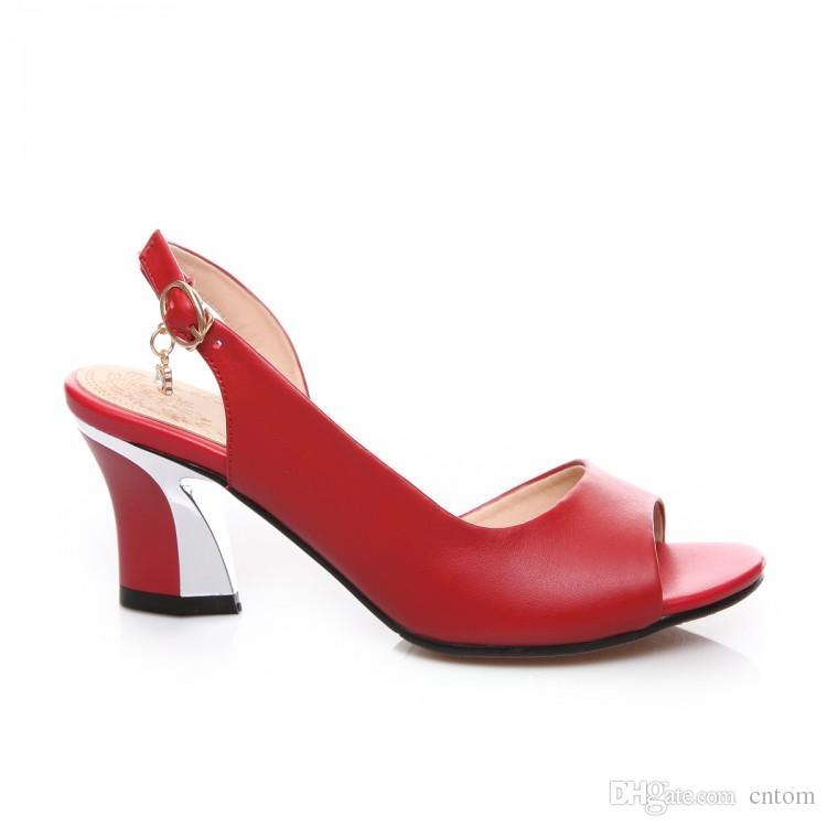 Sandalias de cuero genuino Nuevo 40 41 42 43 de tacón alto 6CM Clásico de alto grado rojo Mujeres pequeñas yardas de verano EUR Tamaño 33-44